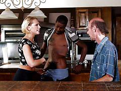 Black guy makes him a cuck @ mom's cuckold #16