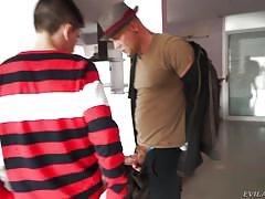 Nacho picks up a milf at the bus station @ nacho's fucking amateurs #04: milfs