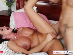 Sexy brunette mom ariella ferrera ride cock