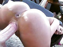 Big tit brunette loves creampie