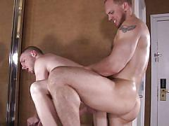 Gay hunks explore each other sexually