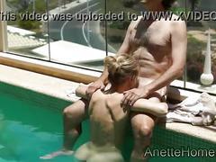 Trio a la piscine avec 2 copines amatrices francaises en cam
