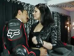 Porno mexicano, chavita cachonda cogiendose al ultimo mexicano