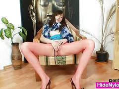 Euro girlie leo got super legs and gorgeous red nylon nylons