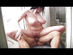 Gianna hot sex in the shower