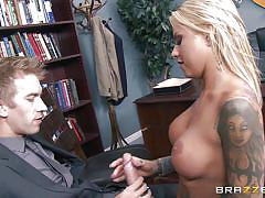 Tattooed mom gets her way with the boss