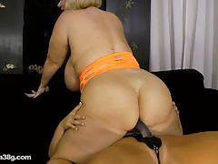Plump girls samantha 38g and karen fucking