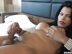 Claudia de monaco indulges in some solo action
