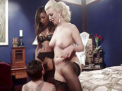 Blonde babe with a guy sucks black tranny cock