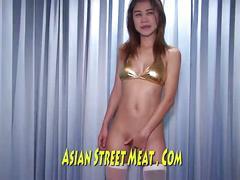 Super gold thai film star in fire escape