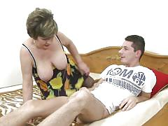 Mature carmela sucks a guy's dick