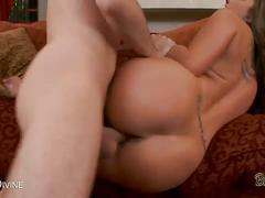Nasty ass fucking session with kelly divine