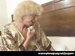 Horny mature woman loves younger pussy