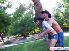 Horny cowgirl dani daniels fucking a large dick