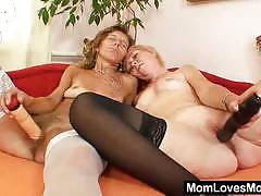 Two mature sluts go fully lesbo together