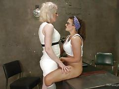 Brunette lady gets it on with blonde ladyboy