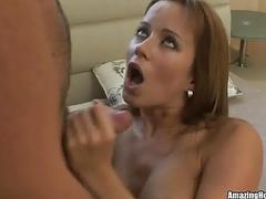 Hot chick getting pounded and get cumshot