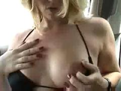Amateur milf sucking big black cock on homemade interracial tape