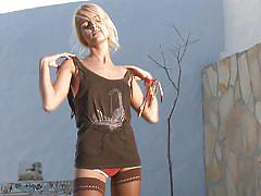 Skinny chick sasha undresses