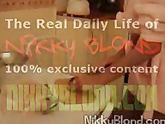 Nicky blond