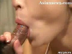 Sensual fuck with an asian