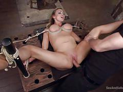 Abbey fucked while having her clit aroused