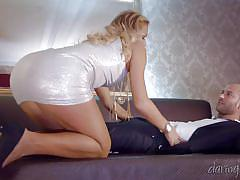 Naughty blonde is eager to spread legs @ the tudor lounge
