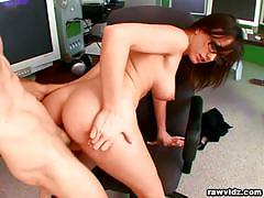 Kinky jennifer white fucks her boss