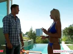 Busty cougar emma starr goes tanning to fucking