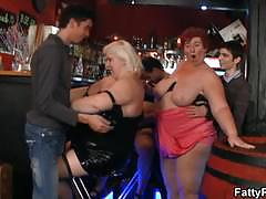 Fat matures wanting a group sex at the pub