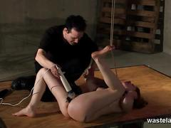 Brunette sex slave gets toyed deeply by hitatchi