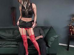 She seduces her stepson