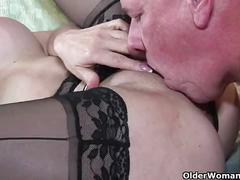 Mature milf sexy vanessa loves cum on her face