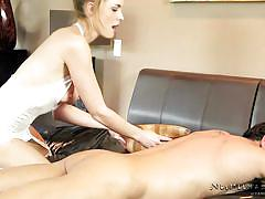 Sweet nicole offers a dream massage