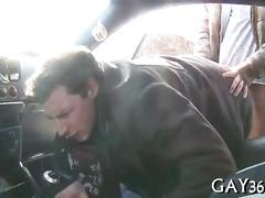 Follando en el auto
