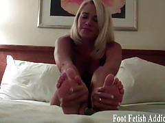 I bet my feet are already making you hard