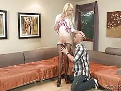 Blonde tranny has a surprise in her fishnets @ tranny hoes in pantyhose #02