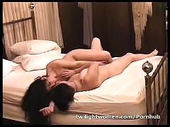 Twilightwomen lesbian lovers tribbing climax