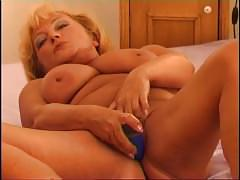 Secrets of horny mature 3 - scene 3
