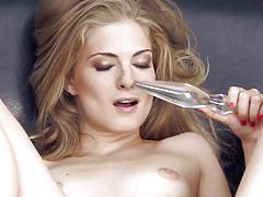 blonde, babe, high heels, solo, masturbation, bubble butt, glass dildo, twistys, cayenne klein