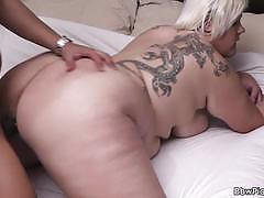 Blonde bbw gets banged deep and hard into heaven