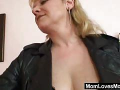 Mature lesbian sluts dildo their tight cunts