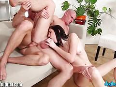 Bisexual threesome pounding affair