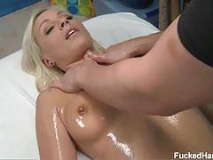 Sexy blonde babe lexi loves pussy massage