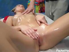 Natalia rogue suck and fuck at the massage table