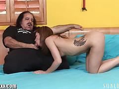 Sunlustxxx ron jeremy is fucking my daughter!