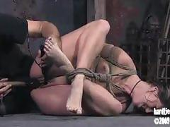Pd teaches vikki about bondage