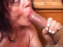 Sexy old spunker debella enjoys a facial cumshot.