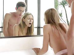 Nubile films: blonde ebbi in pleasant surprise