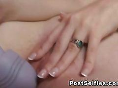Girl's pussy goes pink after toying it
